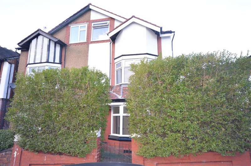 4 Bedrooms Property for sale in Cliff Crescent, Salford, Salford