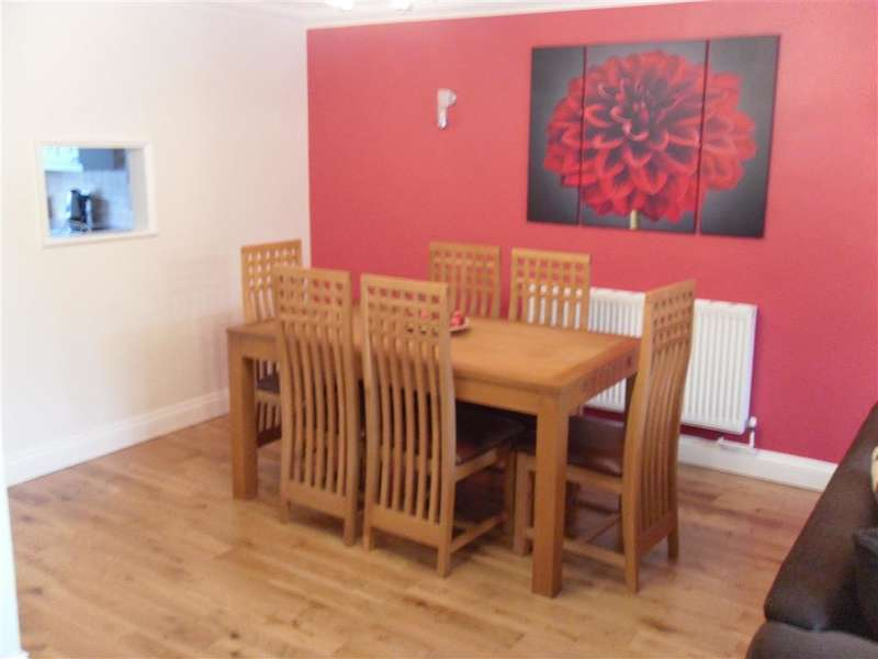 4 Bedrooms Semi Detached House for sale in Russell Close, Brentwood, Essex