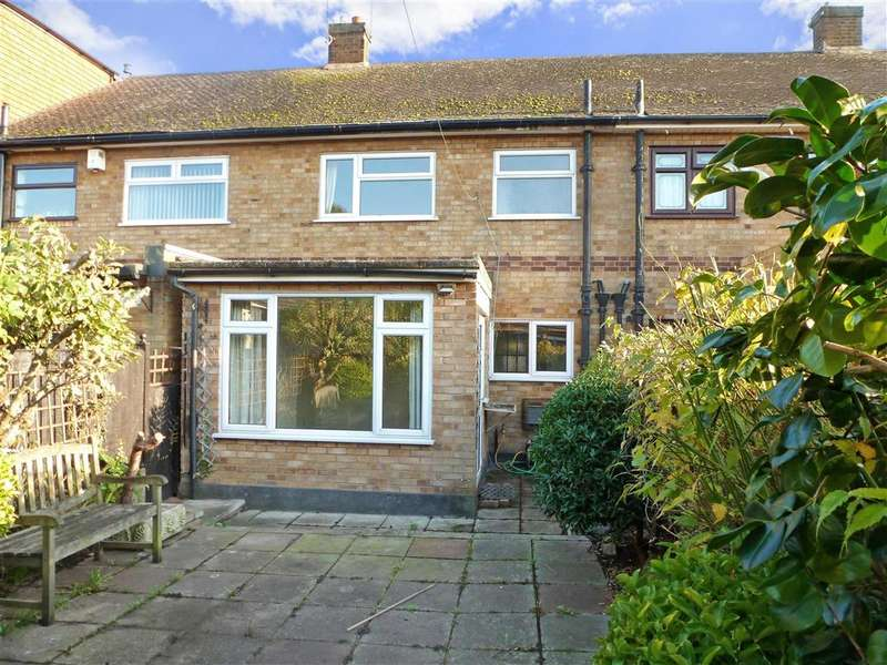 2 Bedrooms Terraced House for sale in Nelson Road, Rainham, Essex