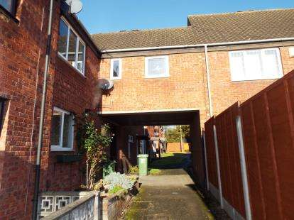 1 Bedroom Maisonette Flat for sale in Heronfield Close, Redditch, Worcestershire