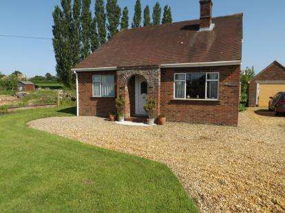 2 Bedrooms Bungalow for sale in Wereham, King's Lynn, Norfolk