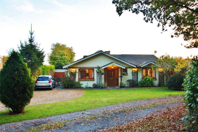 3 Bedrooms Detached Bungalow for sale in Grindstone Handle Corner, Knaphill, Woking, Surrey, GU21