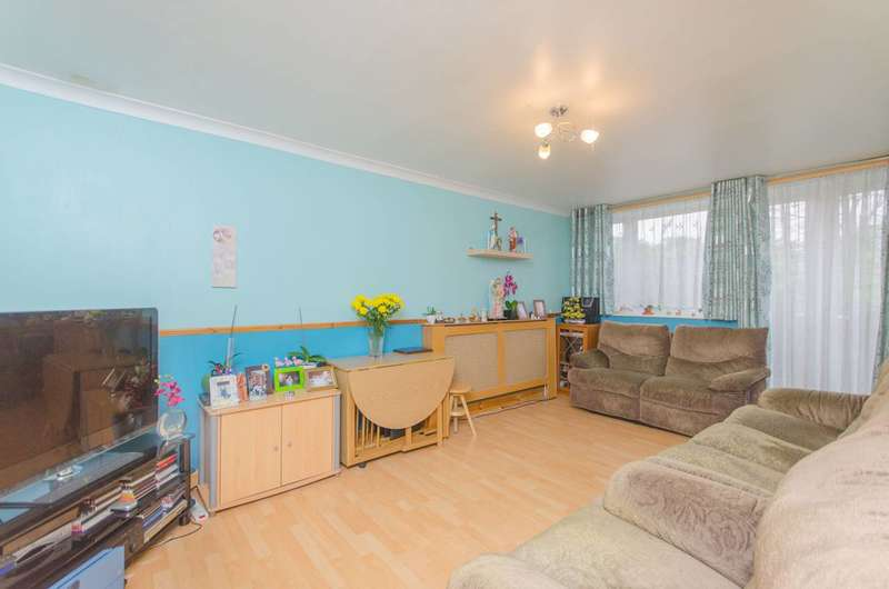 3 Bedrooms Terraced House for sale in Neville Close, Peckham, SE15