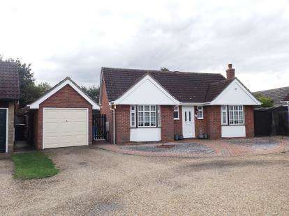 2 Bedrooms Bungalow for sale in Great Waldingfield, Sudbury, Suffolk