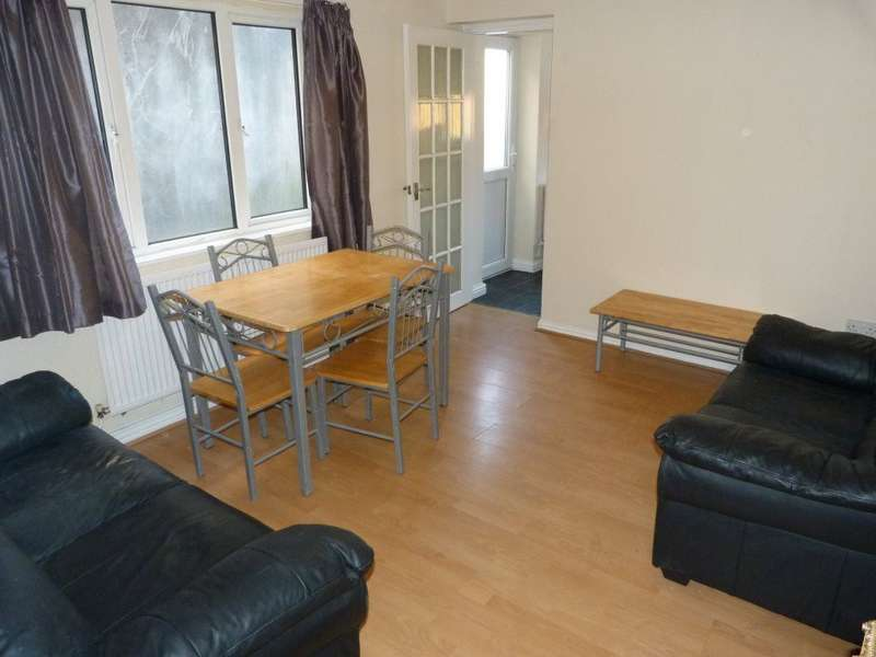 6 Bedrooms House for rent in Flora Street, Cathays, ( 6 Beds )