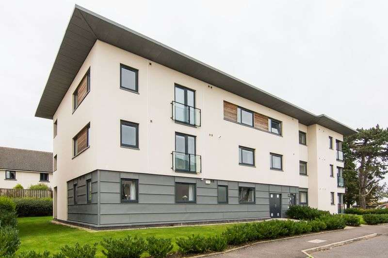 1 Bedroom Flat for sale in Flat 9, 2 Burnbrae Place, Corstorphine, Edinburgh, EH12 8AR