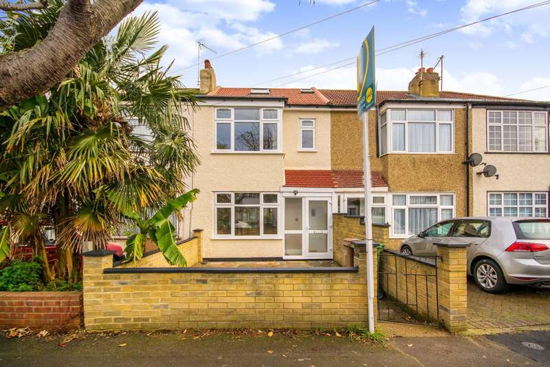 3 Bedrooms Terraced House for sale in Hamilton Avenue, Sutton, SM3