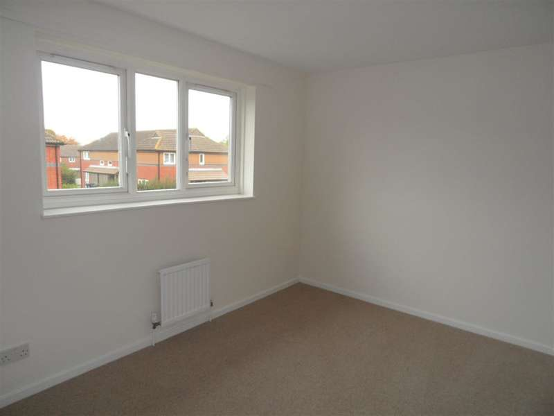 2 Bedrooms Terraced House for sale in Talavera Road, Canterbury, Kent