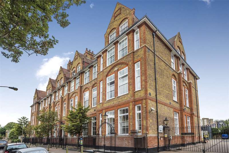 2 Bedrooms Flat for sale in William Blake House, Bridge Lane, London, SW11