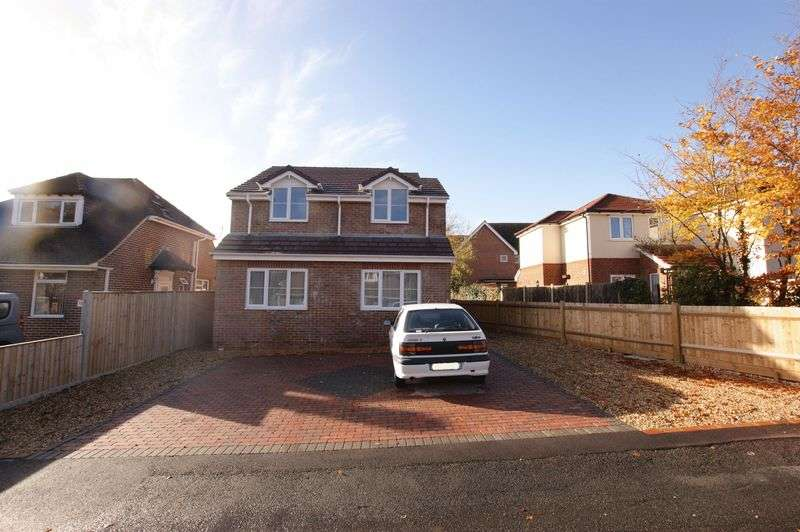 4 Bedrooms Detached House for sale in Paxton Road, Fareham