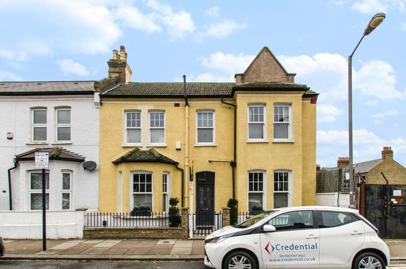 3 Bedrooms House for sale in Romberg Road, Tooting Bec, SW17