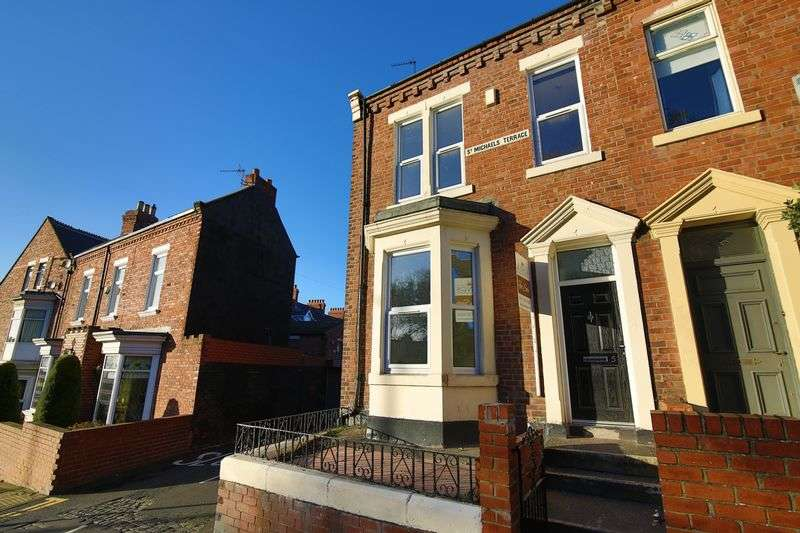 3 Bedrooms Terraced House for sale in Mowbray Road, South Shields