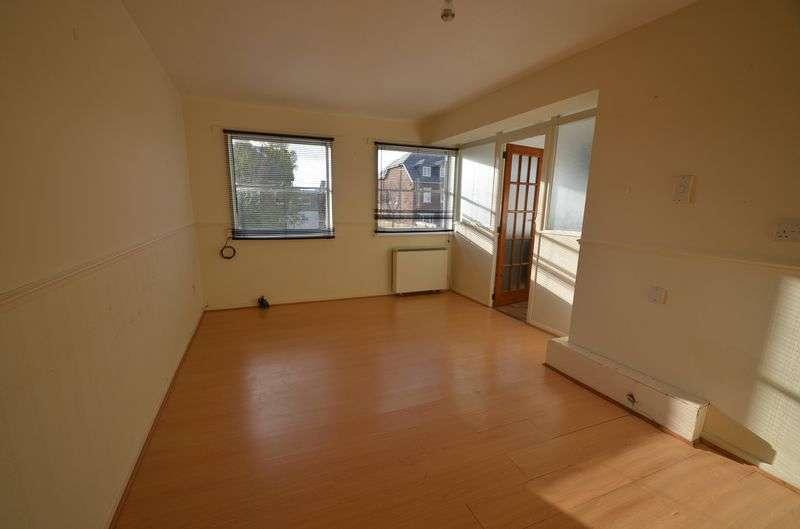 1 Bedroom Flat for sale in Glendinning Avenue, Weymouth
