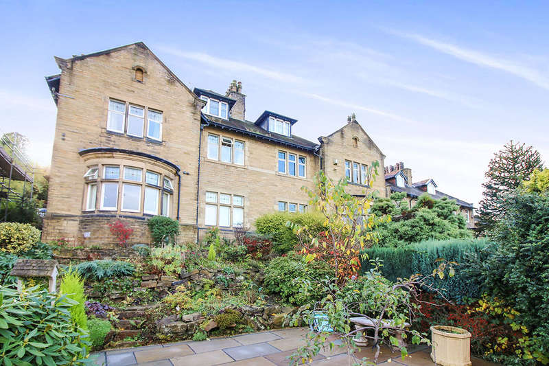 5 Bedrooms Semi Detached House for sale in Willowdene Skipton Road, Keighley, BD20