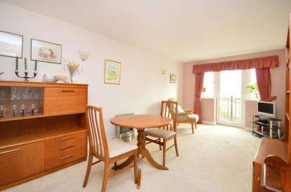 2 Bedrooms Flat for sale in Hafferty Court, 261 Bellhouse Road, Sheffield, South Yorkshire
