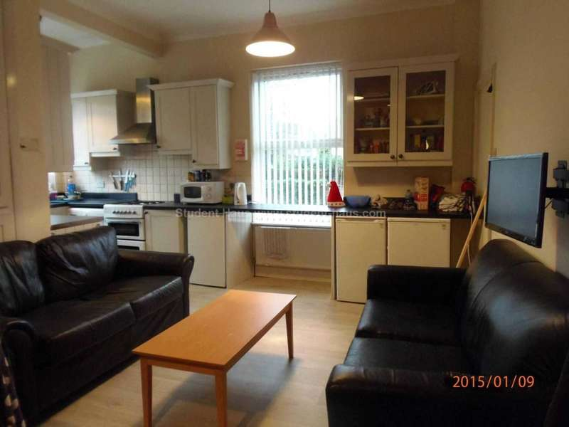 5 Bedrooms House for rent in Mitford Road, Manchester