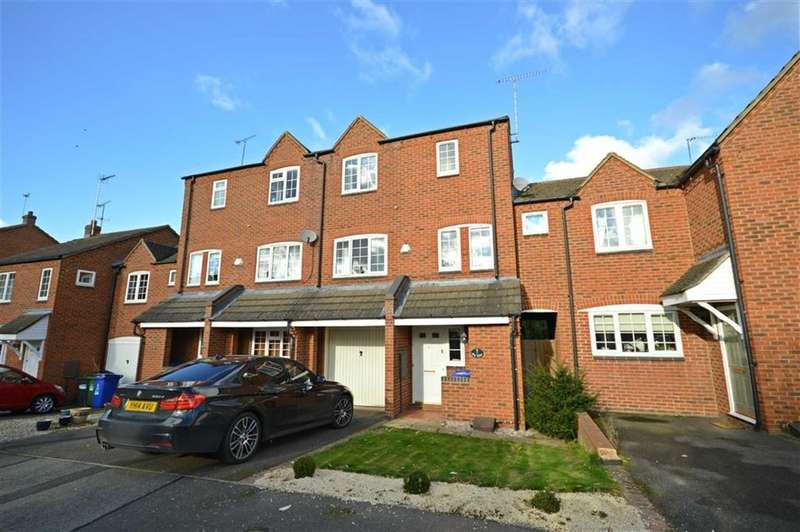 3 Bedrooms Property for sale in Grange Park