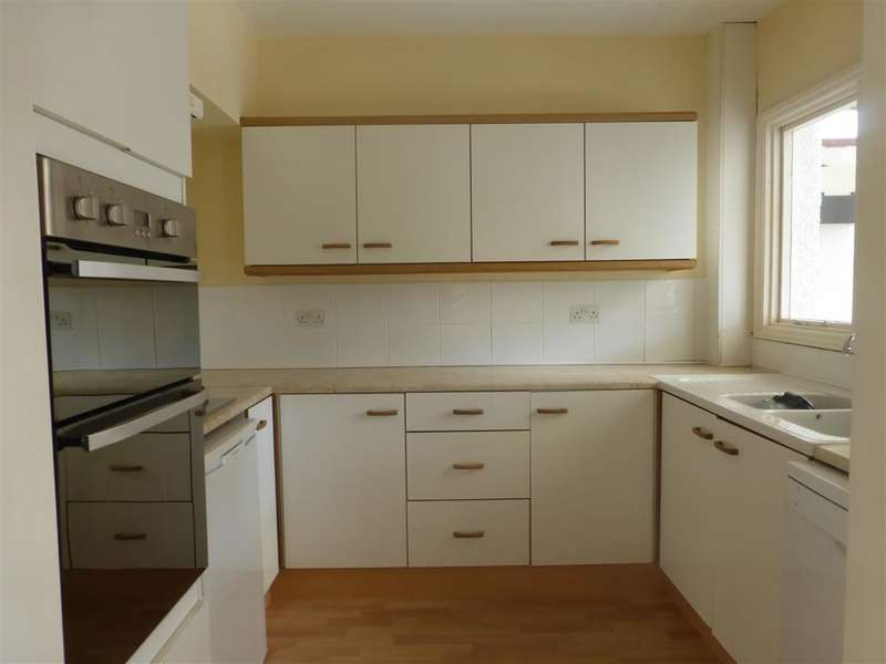 4 Bedrooms Terraced House for sale in Ridgeway Avenue, Gravesend, Kent