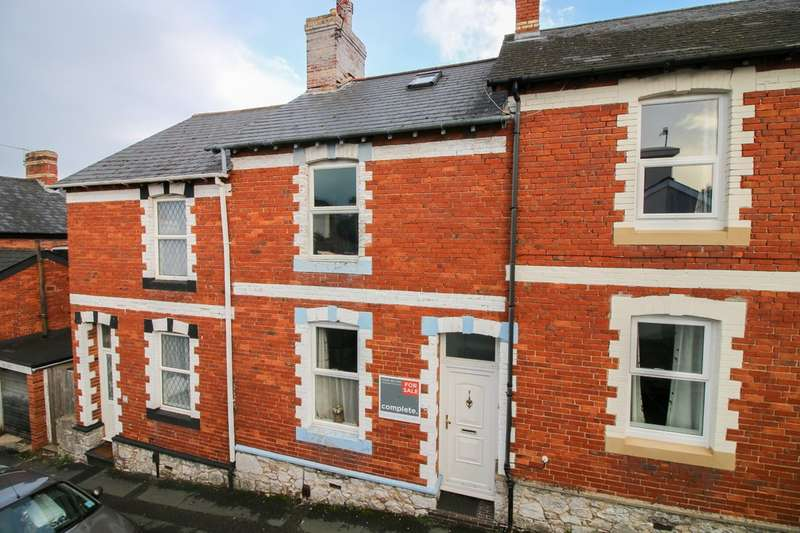 3 Bedrooms Terraced House for sale in Albion Hill, Newton Abbot