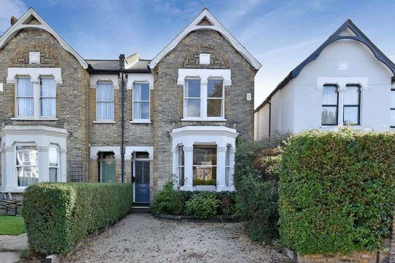 5 Bedrooms Semi Detached House for sale in Kempshott Road, Streatham Vale, LONDON