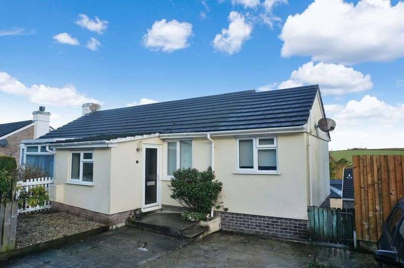 2 Bedrooms Semi Detached House for sale in Highertown Park, Landrake