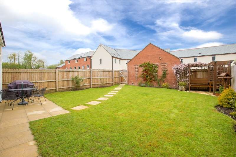 5 Bedrooms Detached House for sale in Templer Place, Bovey Tracey