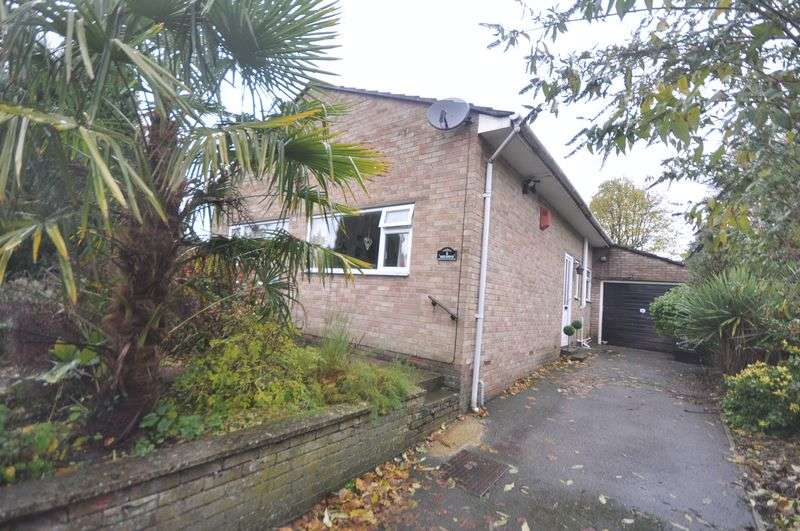3 Bedrooms Detached Bungalow for sale in North Devon Road Fishponds
