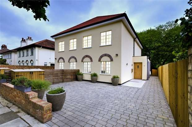 5 Bedrooms Semi Detached House for sale in Arlington Road, St Margarets, East Twickenham