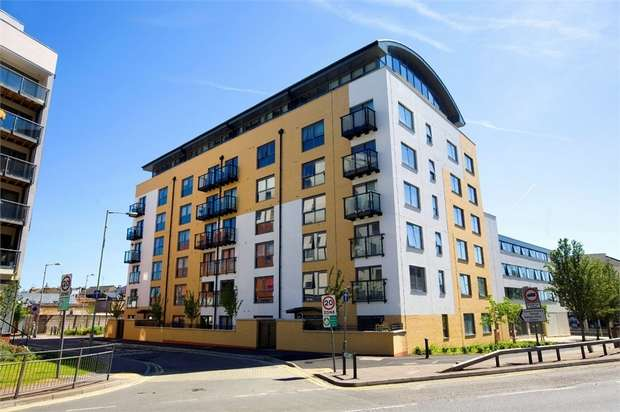 2 Bedrooms Flat for sale in 2 Lord Street, WATFORD, Hertfordshire