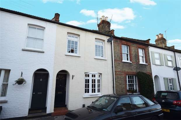 2 Bedrooms Terraced House for sale in Warwick Road, Twickenham
