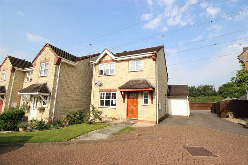 3 Bedrooms Property for sale in Hares Patch, Chippenham