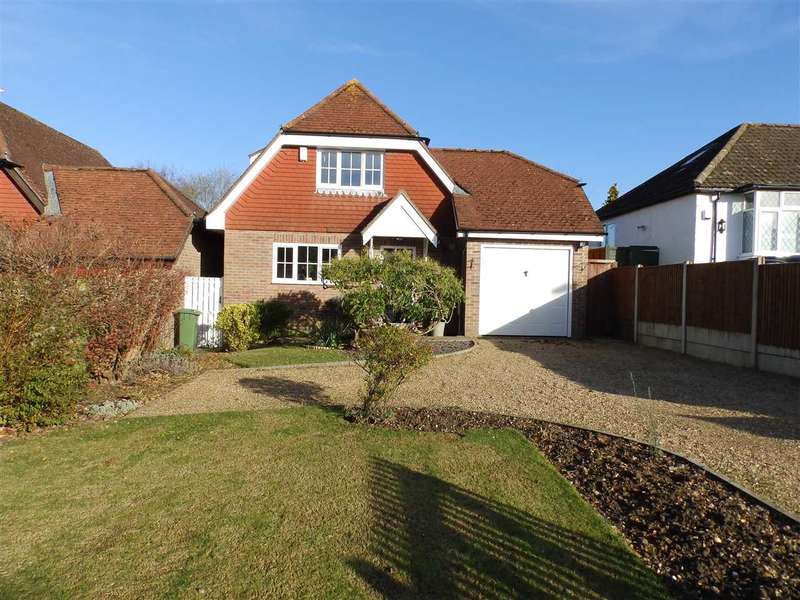 3 Bedrooms Detached House for sale in Swindon Road, Horsham