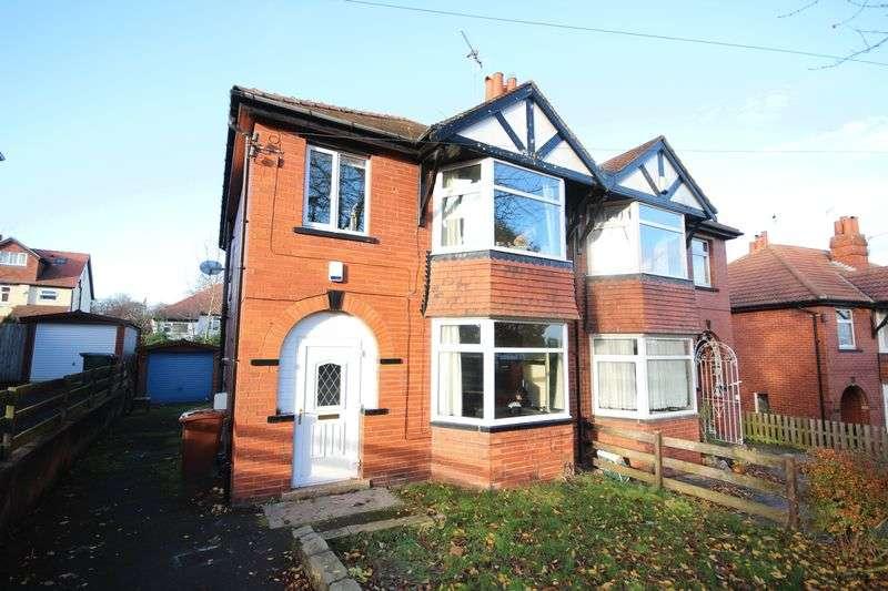 4 Bedrooms Semi Detached House for rent in Becketts Park Crescent, Headingley, LEEDS