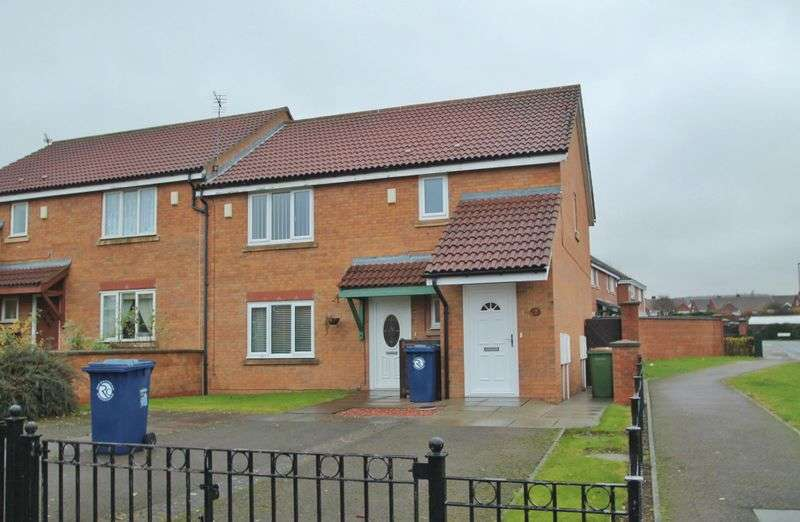 2 Bedrooms Flat for sale in Appletree Gardens, Ormesby