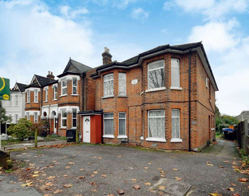 1 Bedroom Flat for sale in Maybury Road, Woking, GU21