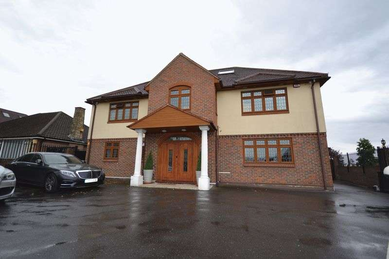 8 Bedrooms Detached House for sale in Manor Road, Chigwell