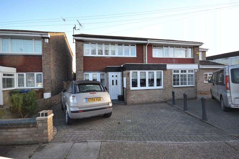 4 Bedrooms Semi Detached House for sale in Clyde, East Tilbury
