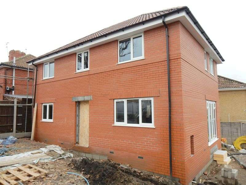 3 Bedrooms Detached House for sale in Hillfields Avenue, Fishponds, Bristol
