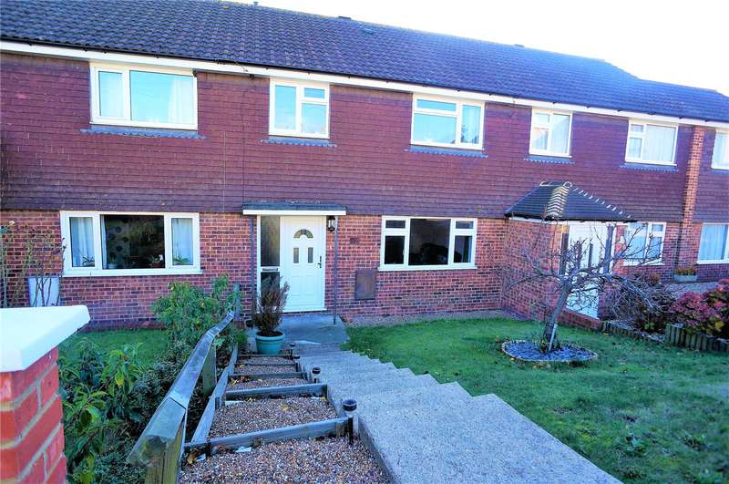3 Bedrooms Terraced House for sale in Webb Close, Hoo, Rochester, Kent, ME3