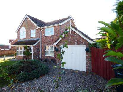 4 Bedrooms Detached House for sale in Granary Way, Horncastle, Lincolnshire