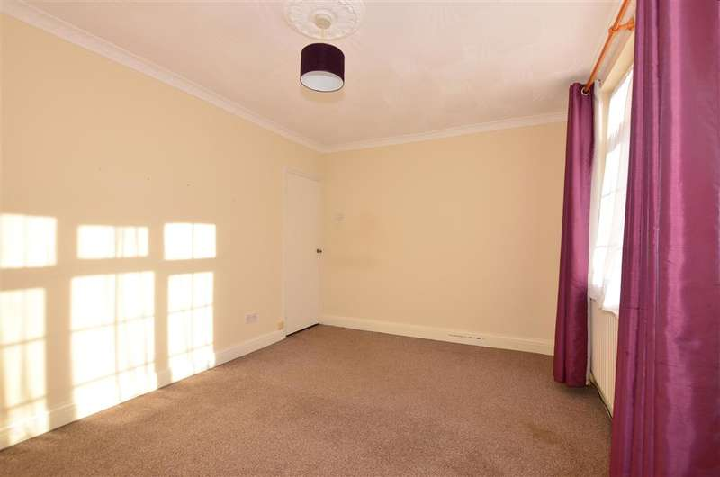 2 Bedrooms Terraced House for sale in Alexandra Road, Gravesend, Kent