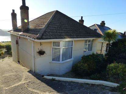 2 Bedrooms Bungalow for sale in Laira, Plymouth, Devon