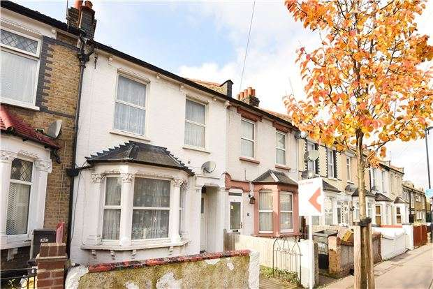 2 Bedrooms Terraced House for sale in The Crescent, Croydon, CR0