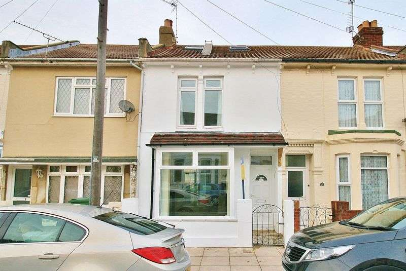3 Bedrooms Terraced House for sale in Oliver Road, Southsea