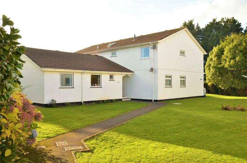 2 Bedrooms Flat for sale in FAIRWAY CL.OSE, CHURSTON