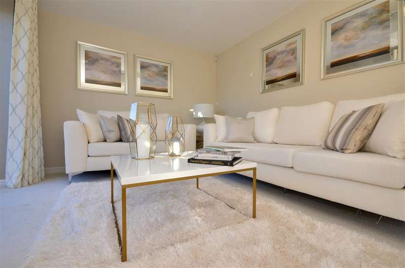 5 Bedrooms Detached House for sale in Oak Heights, Northiam, Rye, East Sussex