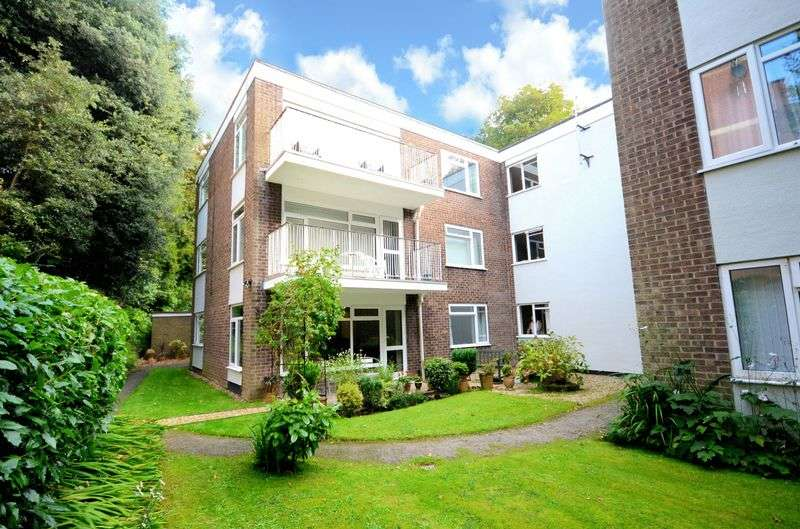 2 Bedrooms Flat for sale in Branksome Wood Road, Bournemouth