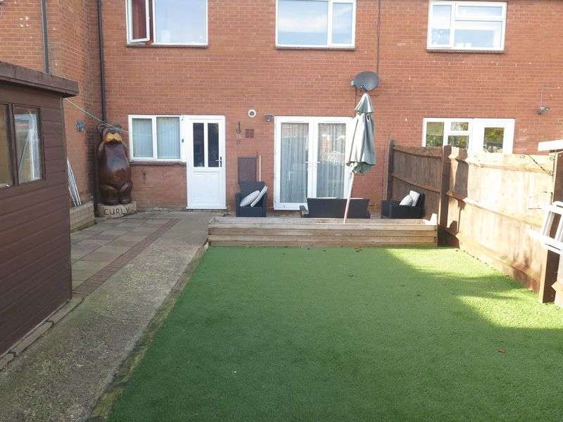 3 Bedrooms Terraced House for sale in Ferriston, Banbury