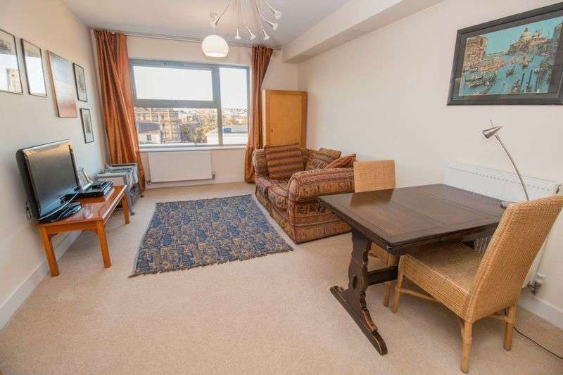 1 Bedroom Flat for sale in Talavera Close, Bristol
