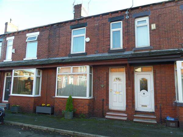 3 Bedrooms Terraced House for sale in Northfield Avenue, Manchester